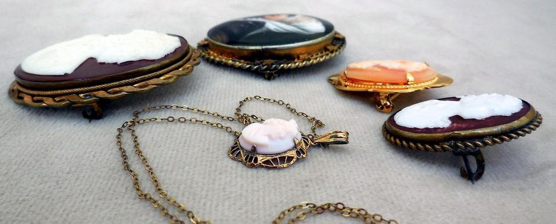 Collection of Antique & Vintage Cameos - 7