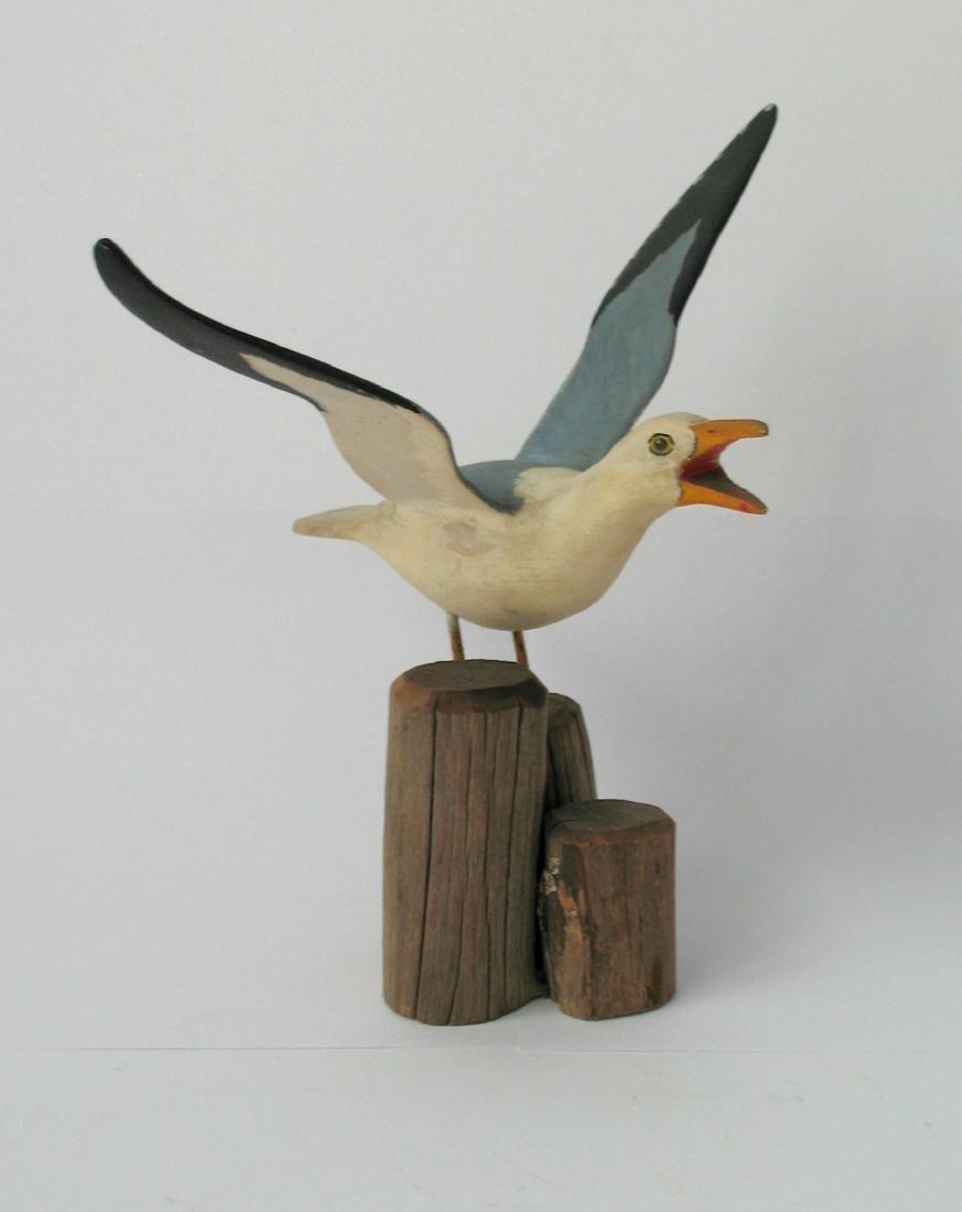 Folk Art Seagull Carving 1940's