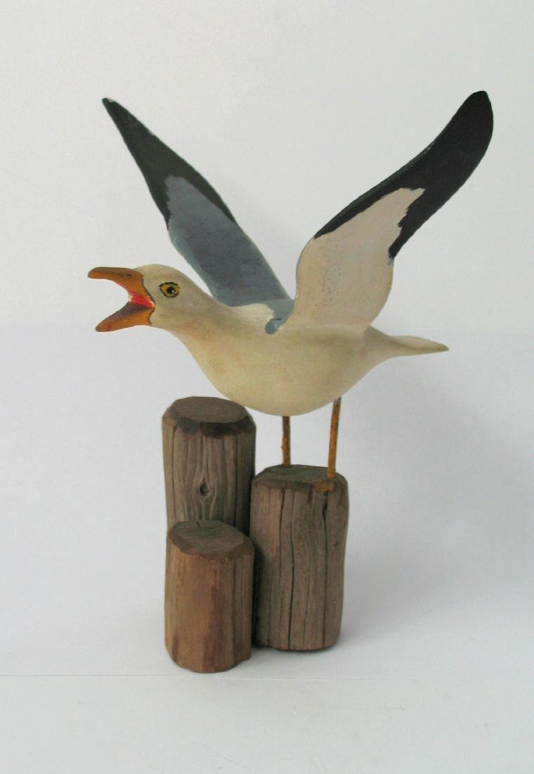 Folk Art Seagull Carving 1940's - 2