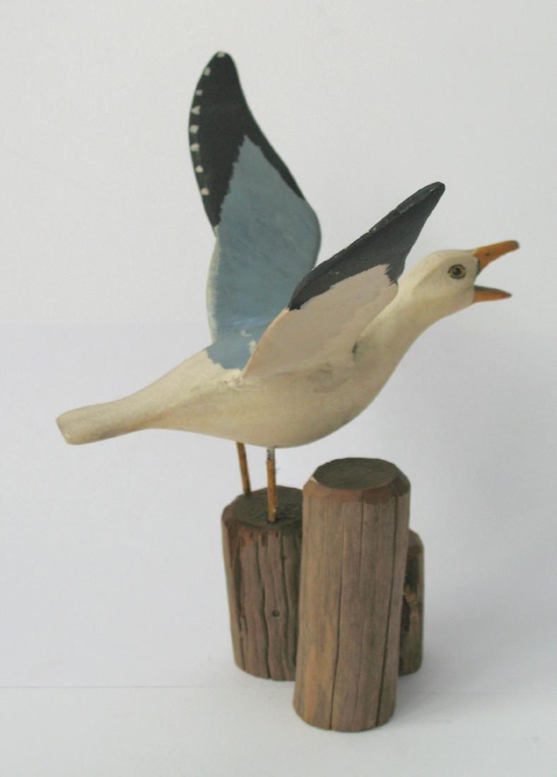 Folk Art Seagull Carving 1940's - 3
