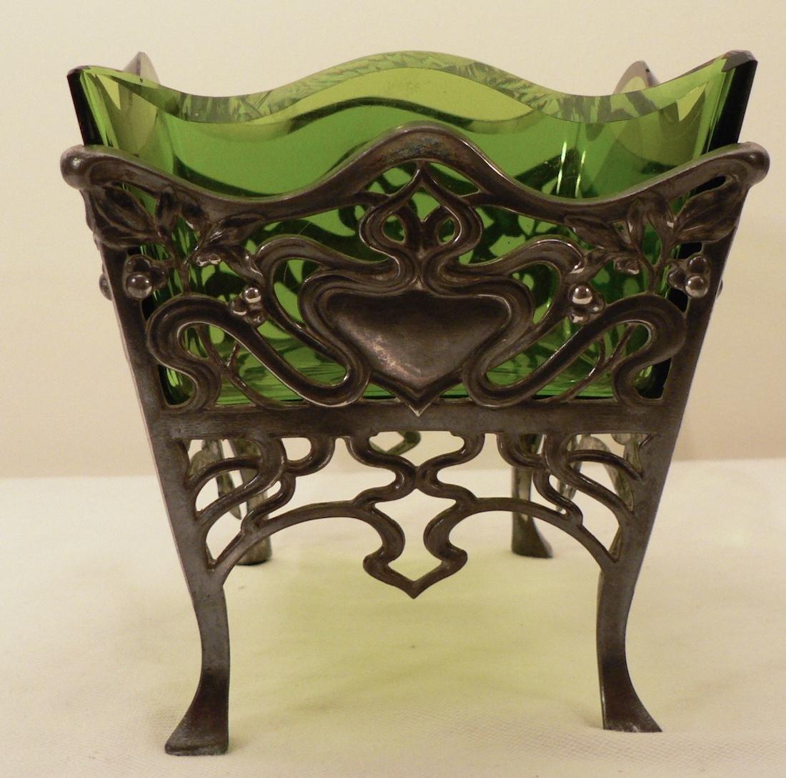 WMF Art Nouveau Fruit bowl w/ Glass Liner - 2