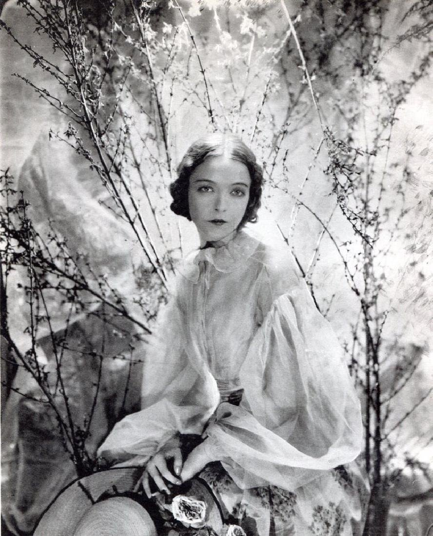 CECIL BEATON - Miss Lillian Gish