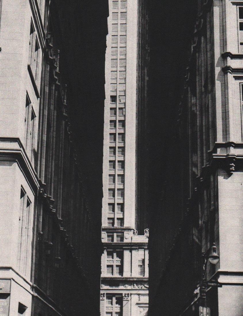 ERWIN BLUMENFELD - Wall Street, New York 1943