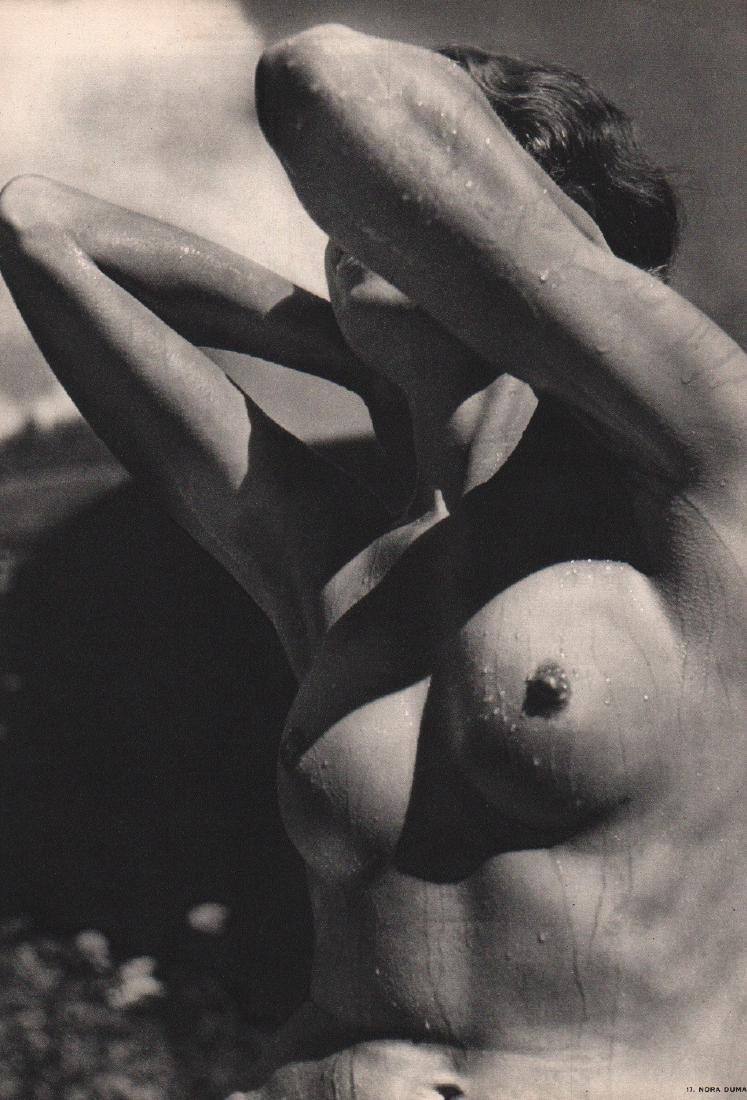 NORA DUMAS - Nude