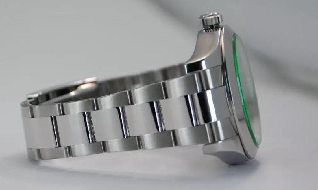 Rolex Oyster Perpetual Milgauss Men's Wristwatch - 9