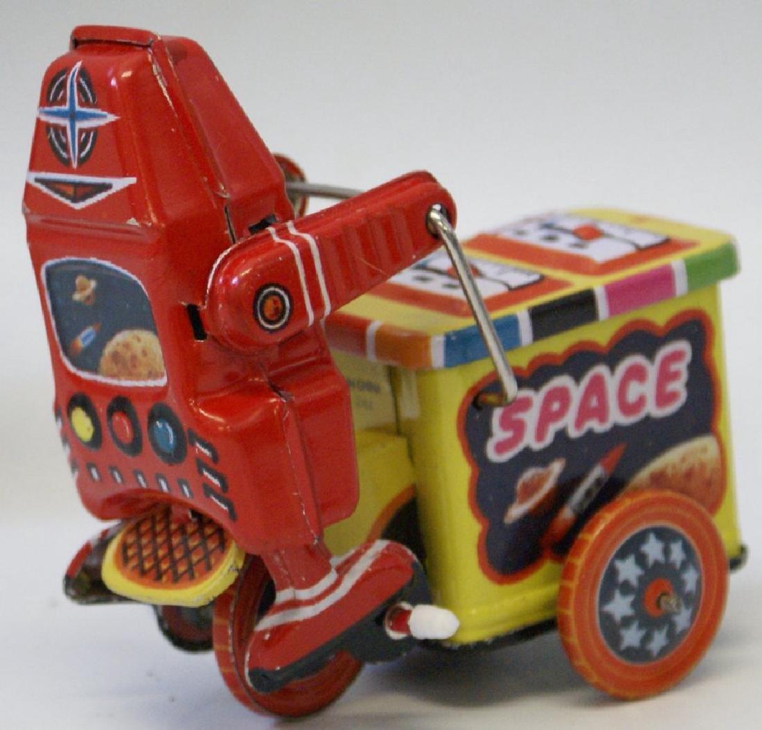 Tin Litho Windup SPACE EXPLORER ROBOT Ice Cream Cart - 2