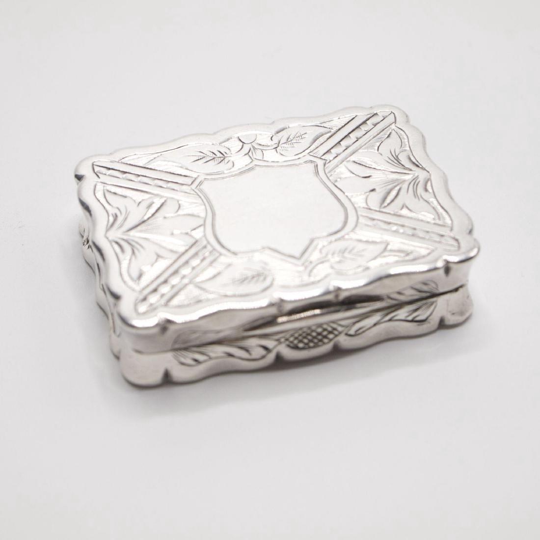 Antique Victorian Sterling Silver Vinaigrette, 1875 - 7