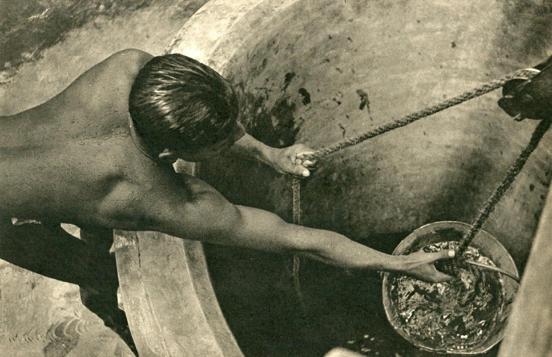 LIONEL WENDT - At the Well, Ceylon