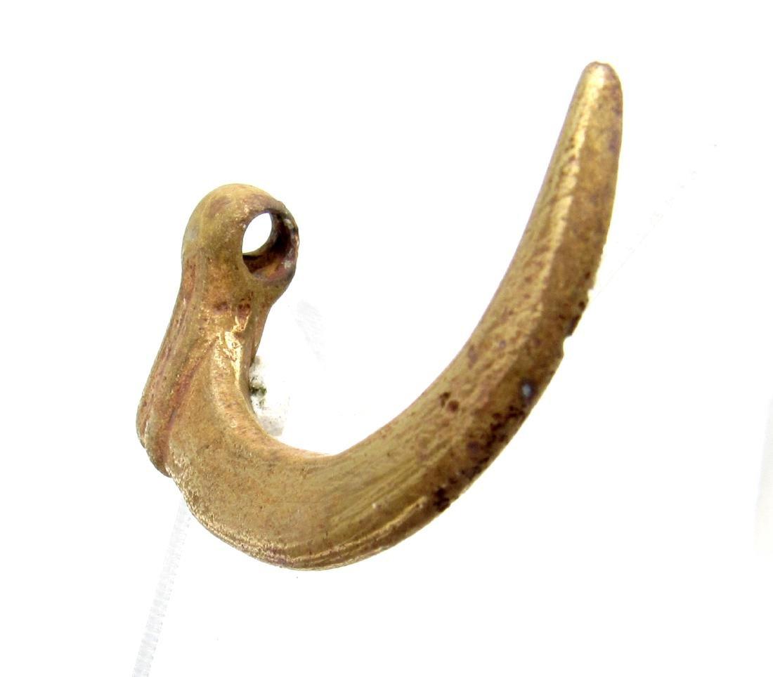 Viking Mythological Raven's Claw Pendant - 4