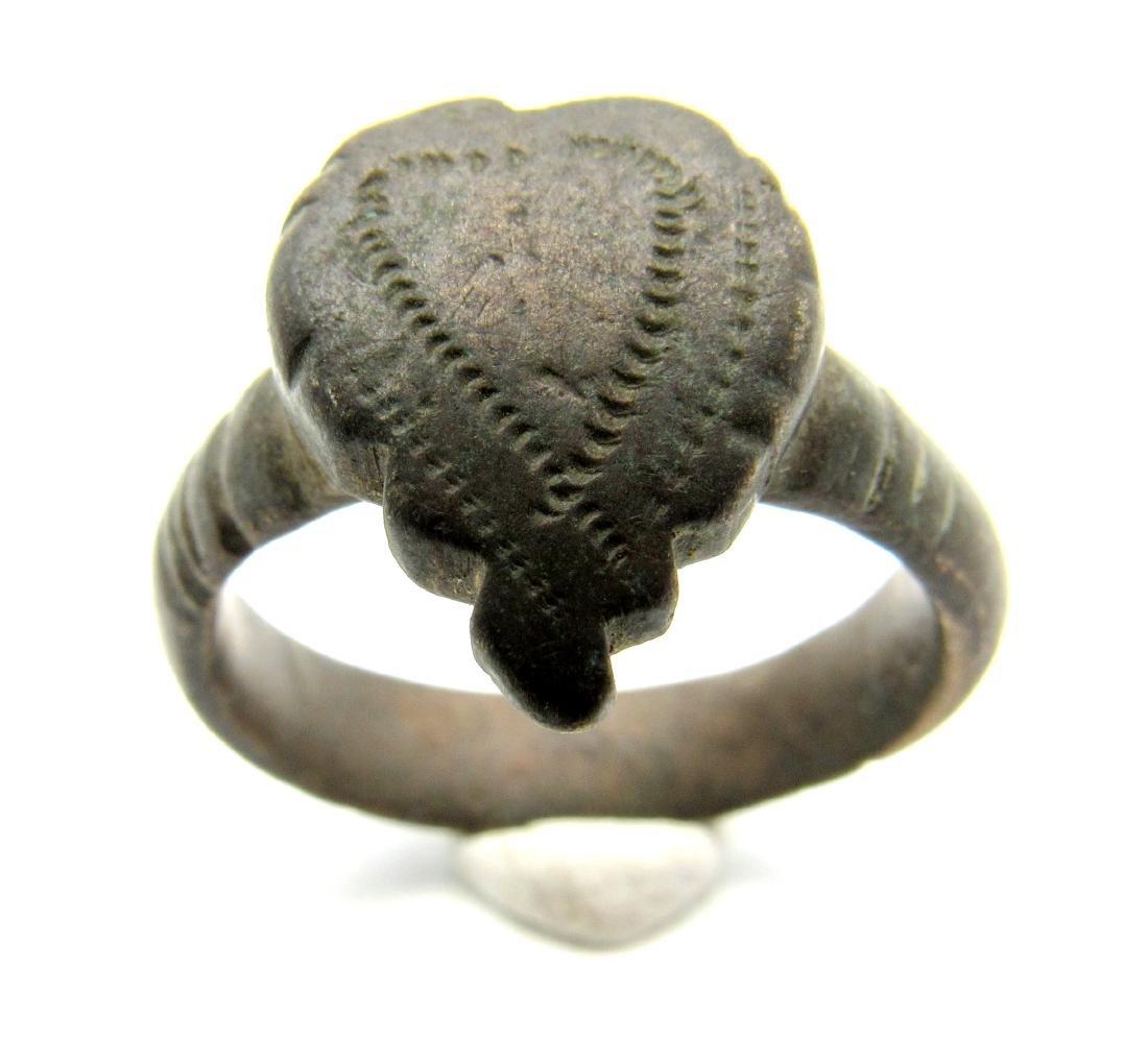 VIKING ERA RING WITH DECORATED HEART SHAPED BEZEL