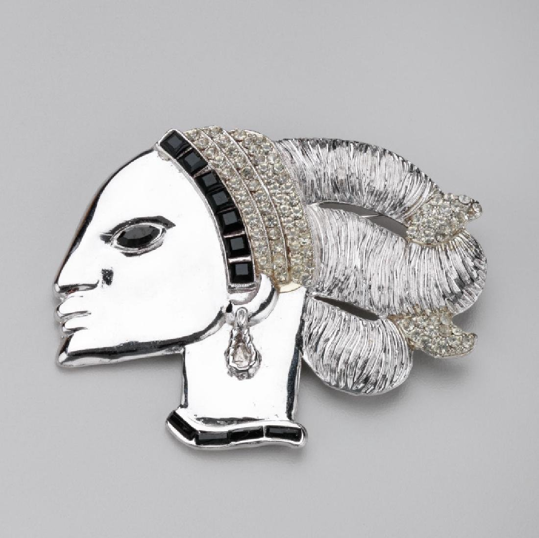 BUTLER & WILSON WOMAN IN PROFILE BROOCH
