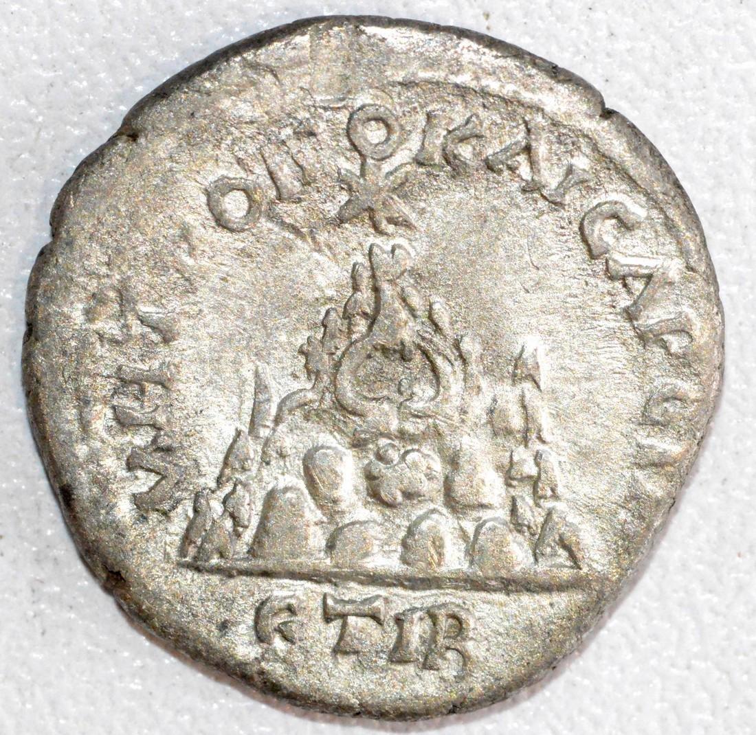 Rare Roman Silver Drachm of Emperor Septimus Severus, - 2
