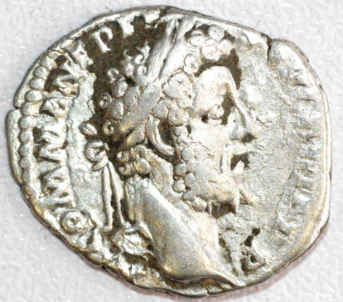 Ancient Roman Silver Denarius of Emperor Commodus, Rv.