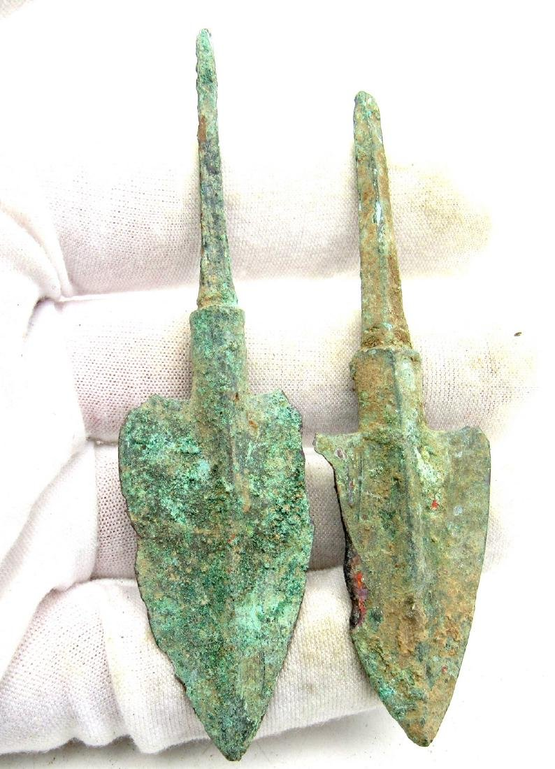 Pair of Bronze Age Military Arrowheads