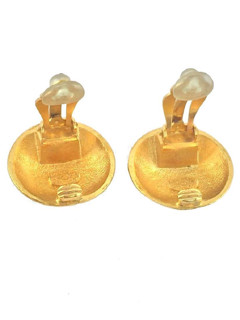 Vintage Chanel Gold CC Logo Dome Clip-On Earrings - 3
