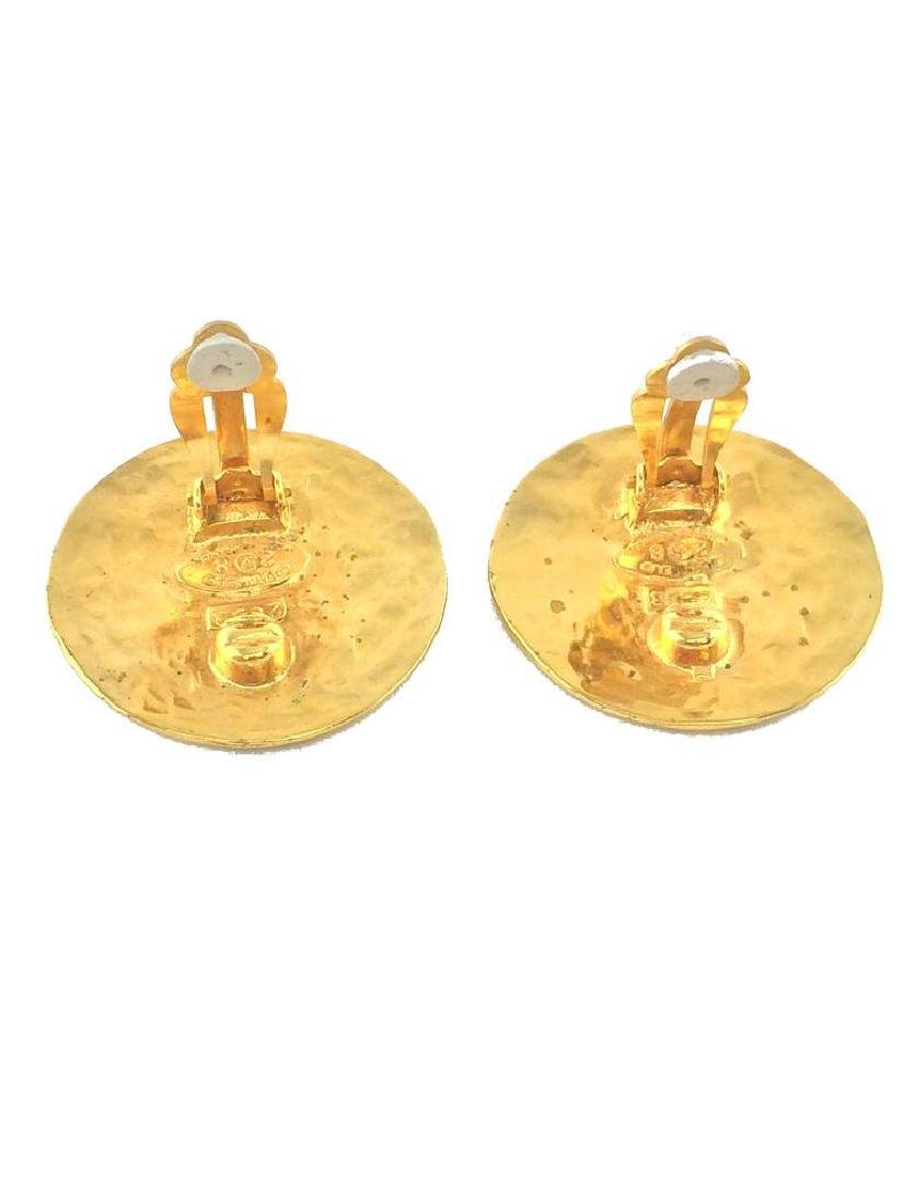 Vintage Chanel Gold CC Disc Clip-On Earrings - 3