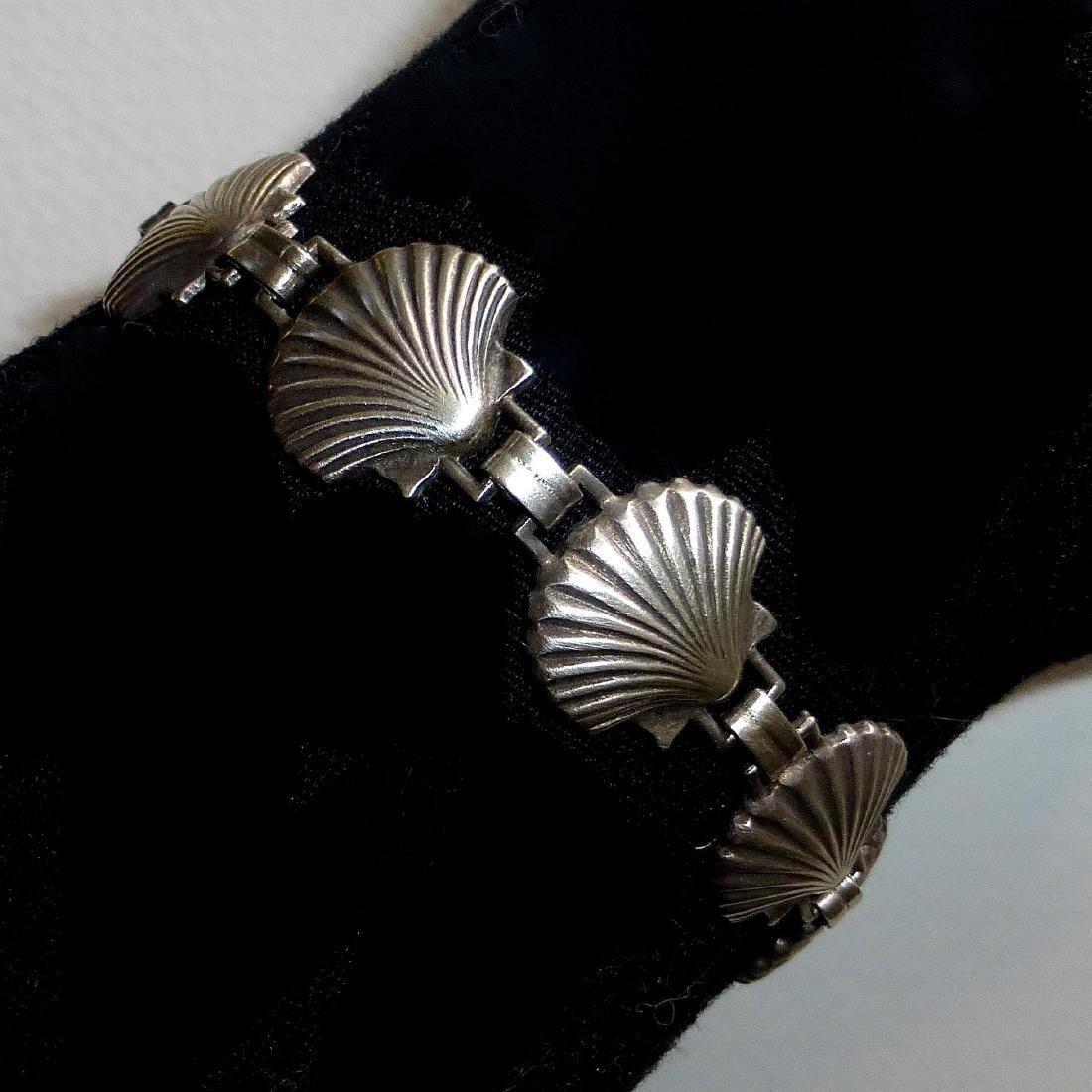 Vintage Sterling Silver Figural Shells Bracelet - 7