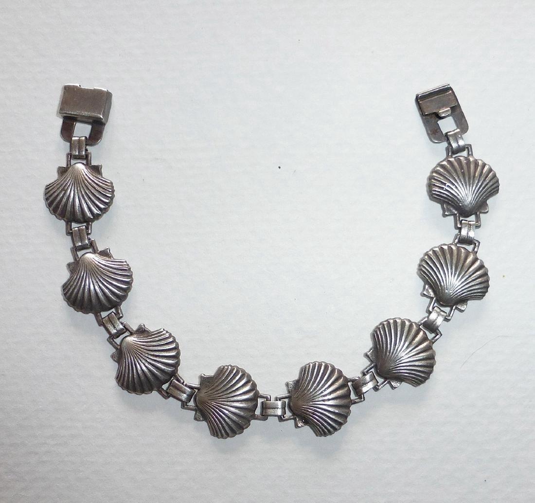 Vintage Sterling Silver Figural Shells Bracelet - 8