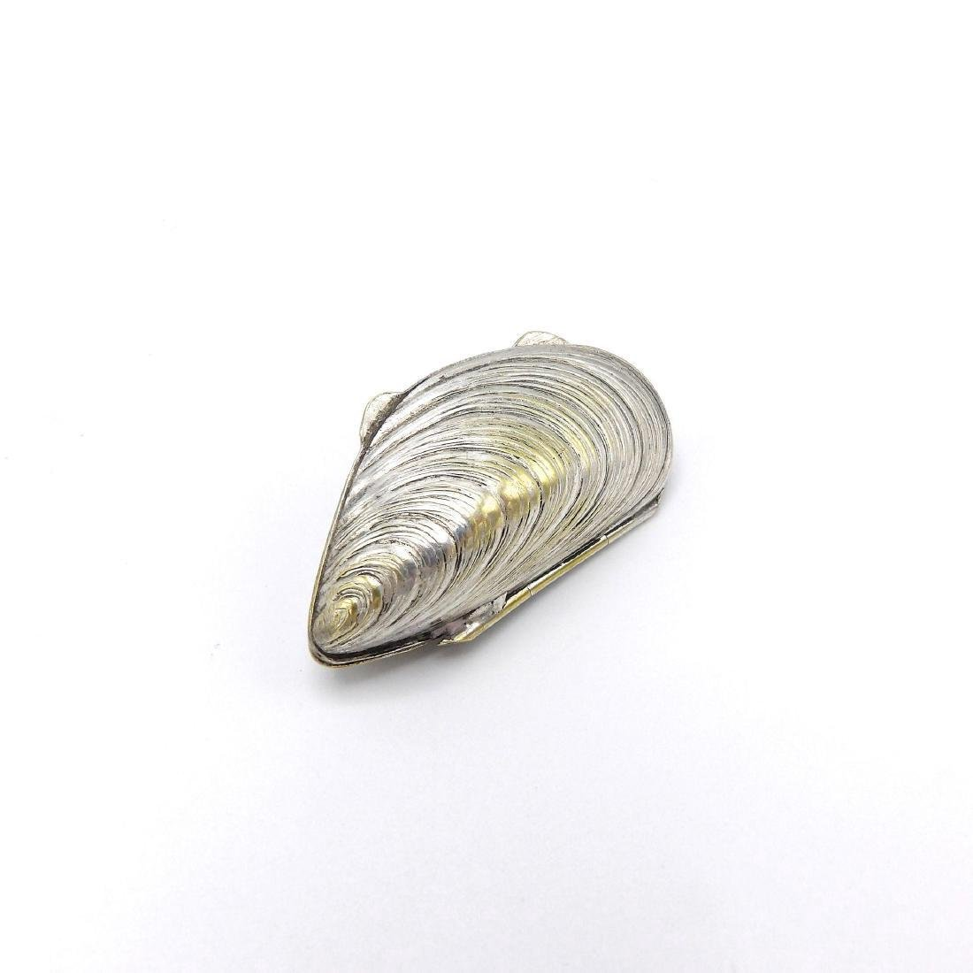 Vintage European Silver Plate Mussel Shell Pill Box - 3