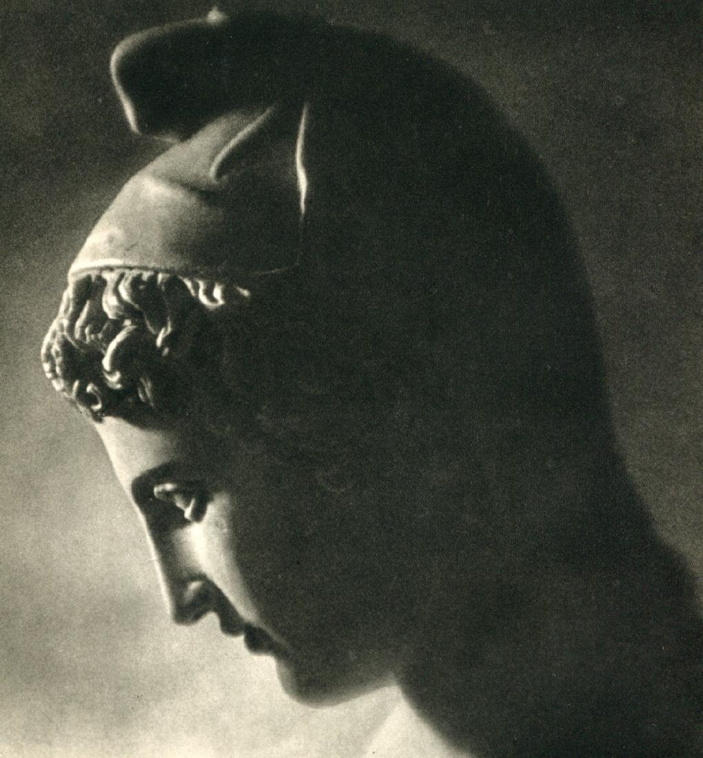 LENI RIEFENSTAHL - Statue of Paris, 1936 Olympics