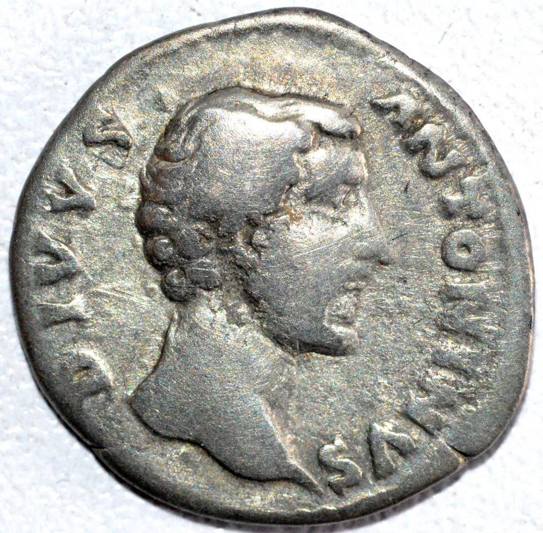Roman Silver Denarius of Emperor Antoninus Pius rv.