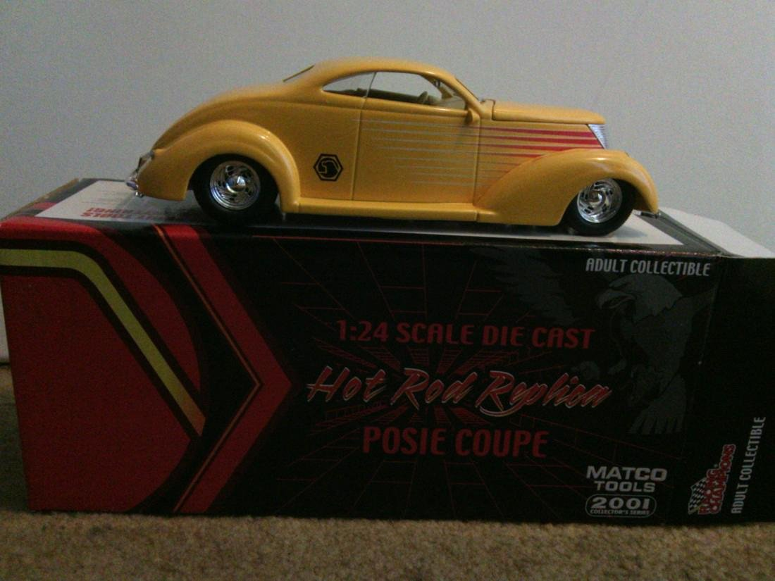 Posie Coupe Model Car