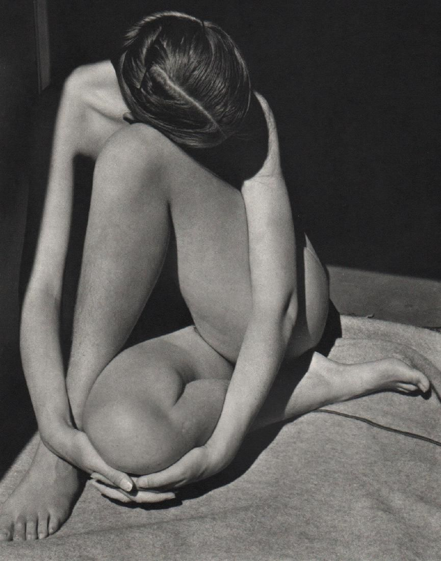 EDWARD WESTON - Nude in Doorway