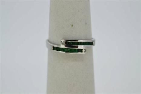 Ladies 14k White Gold Emerald Ring