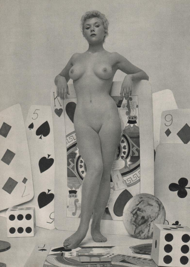 ZOLTAN GLASS - Nude with Cards