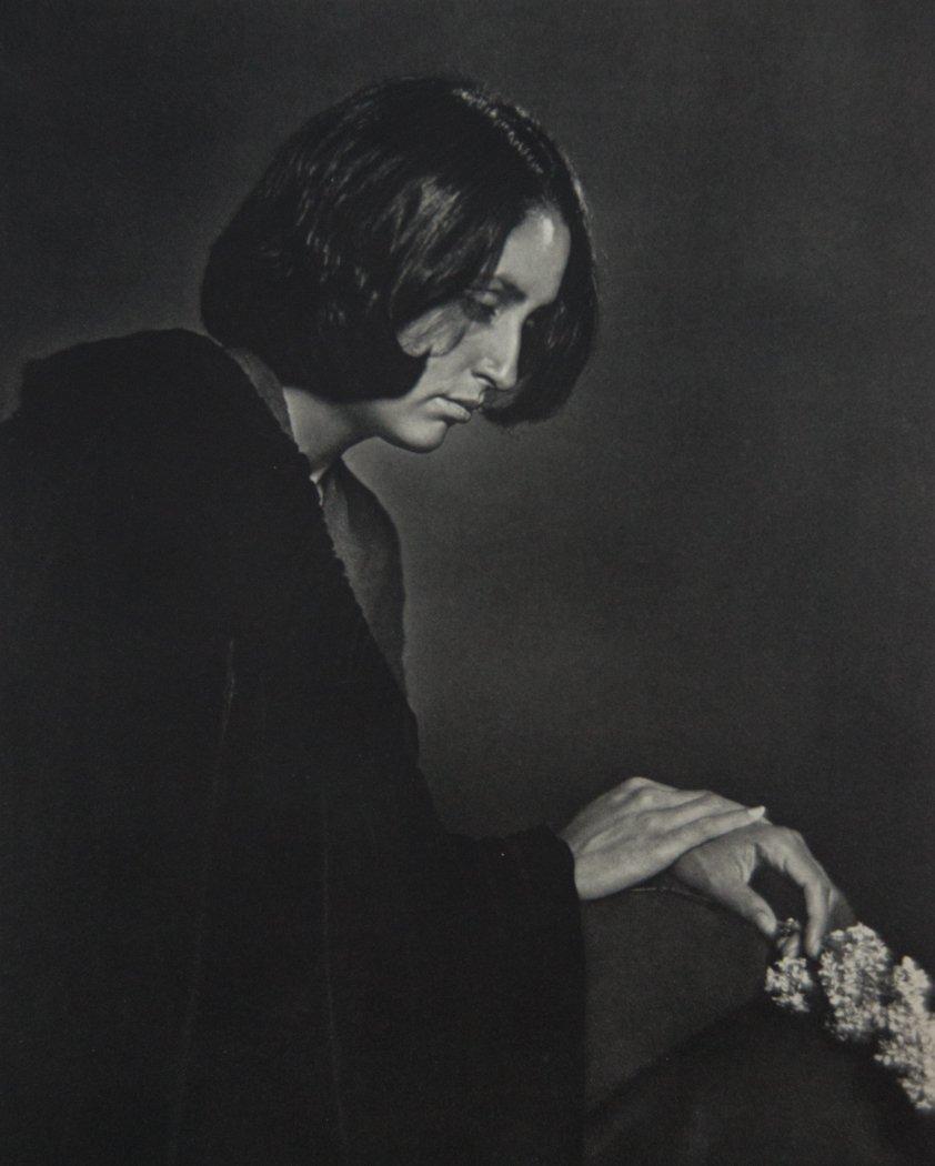 YOUSUF KARSH - Joan Baez