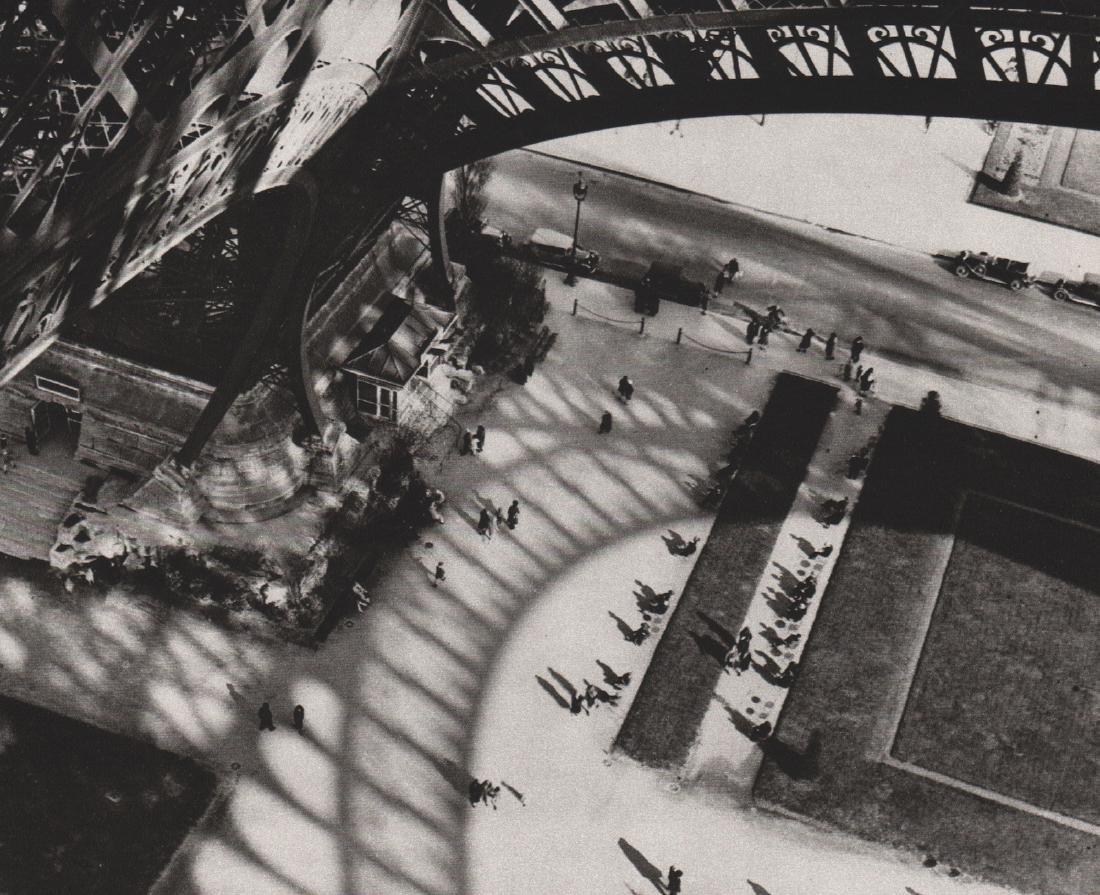 ANDRE KERTESZ - Paris, 1929