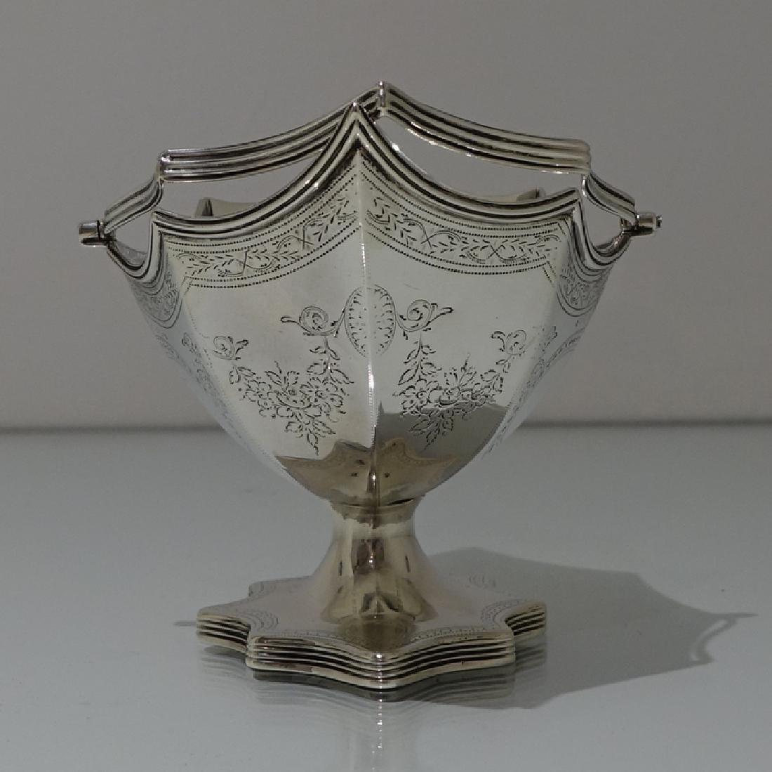 Antique George III Bateman Sterling Silver Sugar Basket - 2