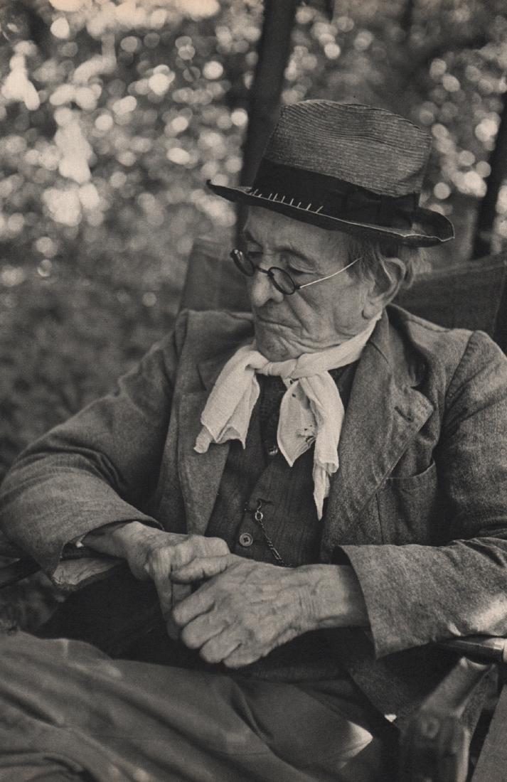 HENRI CARTIER-BRESSON - Paul Leauteaud in his garden