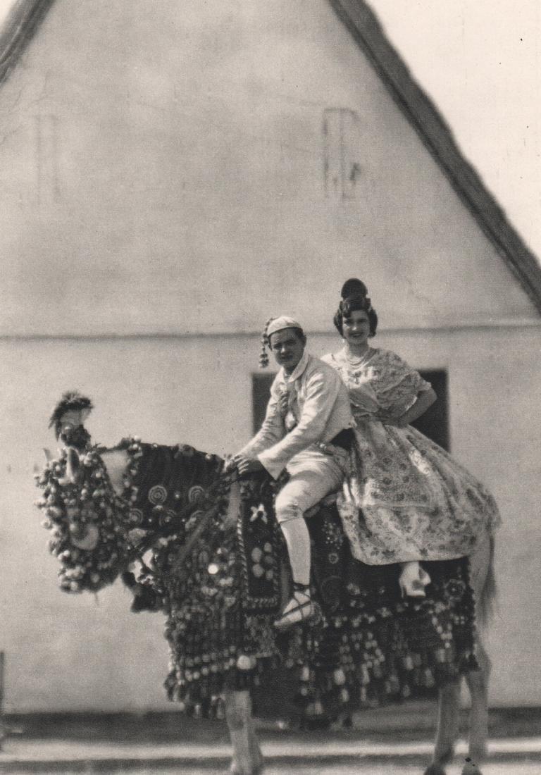 JOSE ORTIZ ECHAGUE - Valencian riders