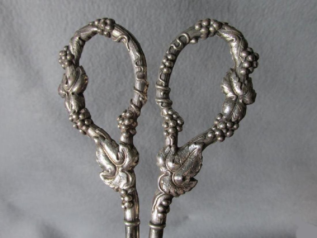Antique Victorian/Edwardian Sterling Silver Shears - 2