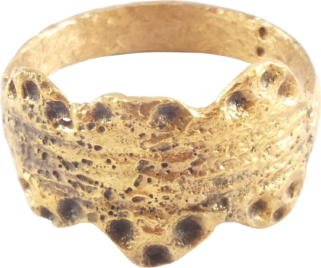 FINE VIKING WARRIOR'S RING 9th-10th CENTURIES AD