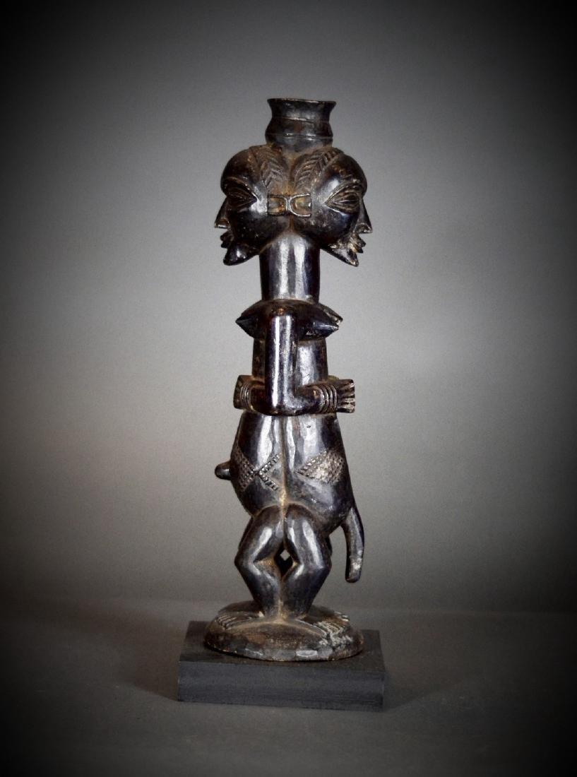 BAOULE Blolo Bla Janus Shrine figure; Women and Men. - 10