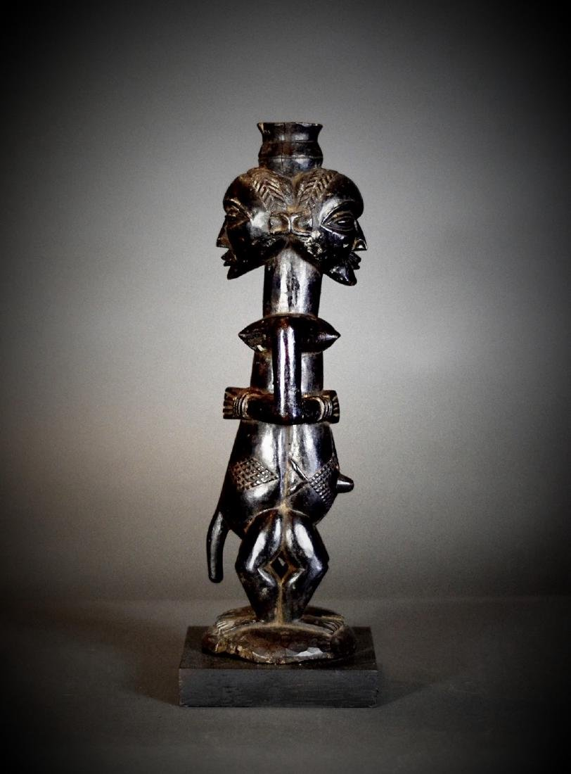 BAOULE Blolo Bla Janus Shrine figure; Women and Men. - 5