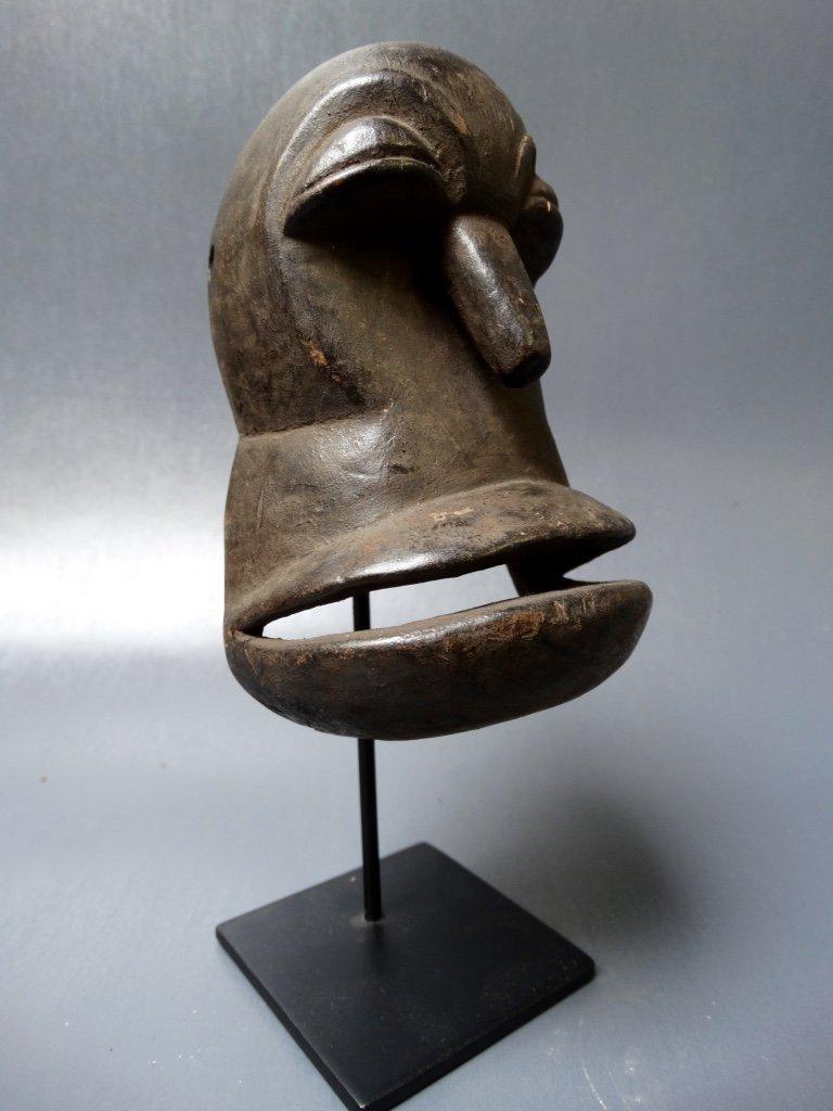 Hemba passport mask called mwisi gwa so'o, - 2