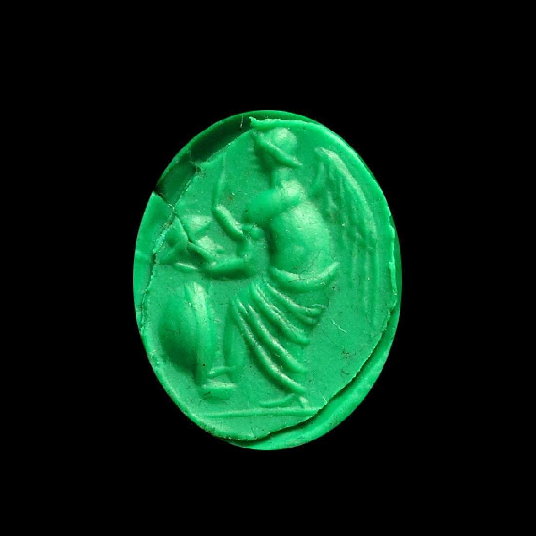 Roman Gold Ring with Cornelian Intaglio of Victory, c. - 3