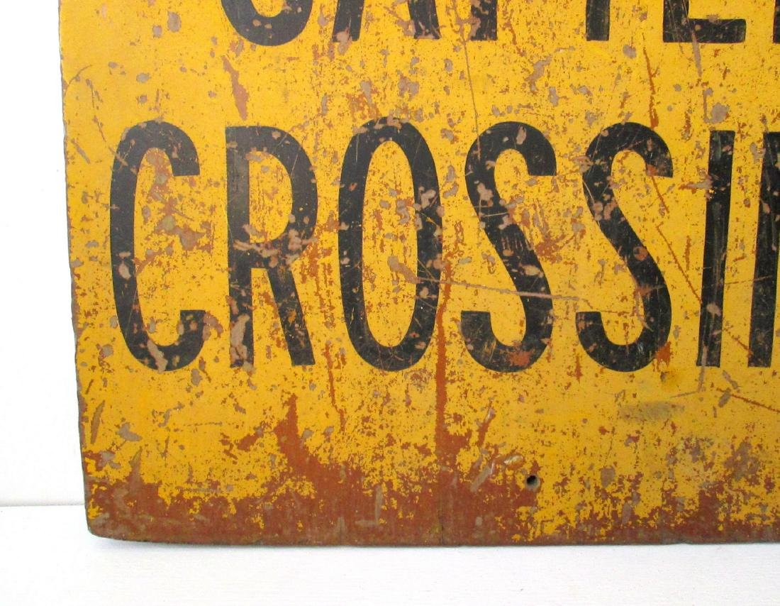 """""""CATTLE CROSSING"""" Sign - 4"""