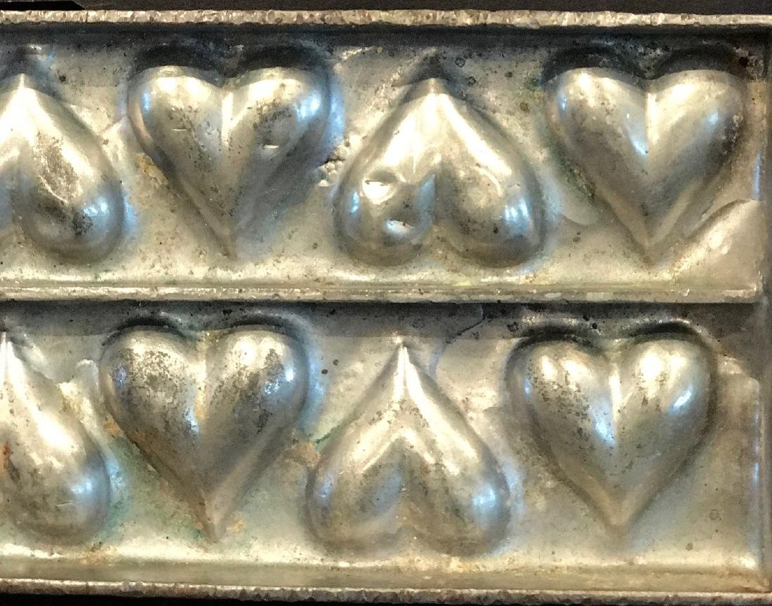 "Twelve Heart  ""Flattie"" Chocolate Mold, C. 1920 - 3"