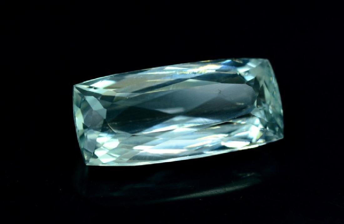 14 cts Eye Clean Untreated Aquamarine Gemstone from