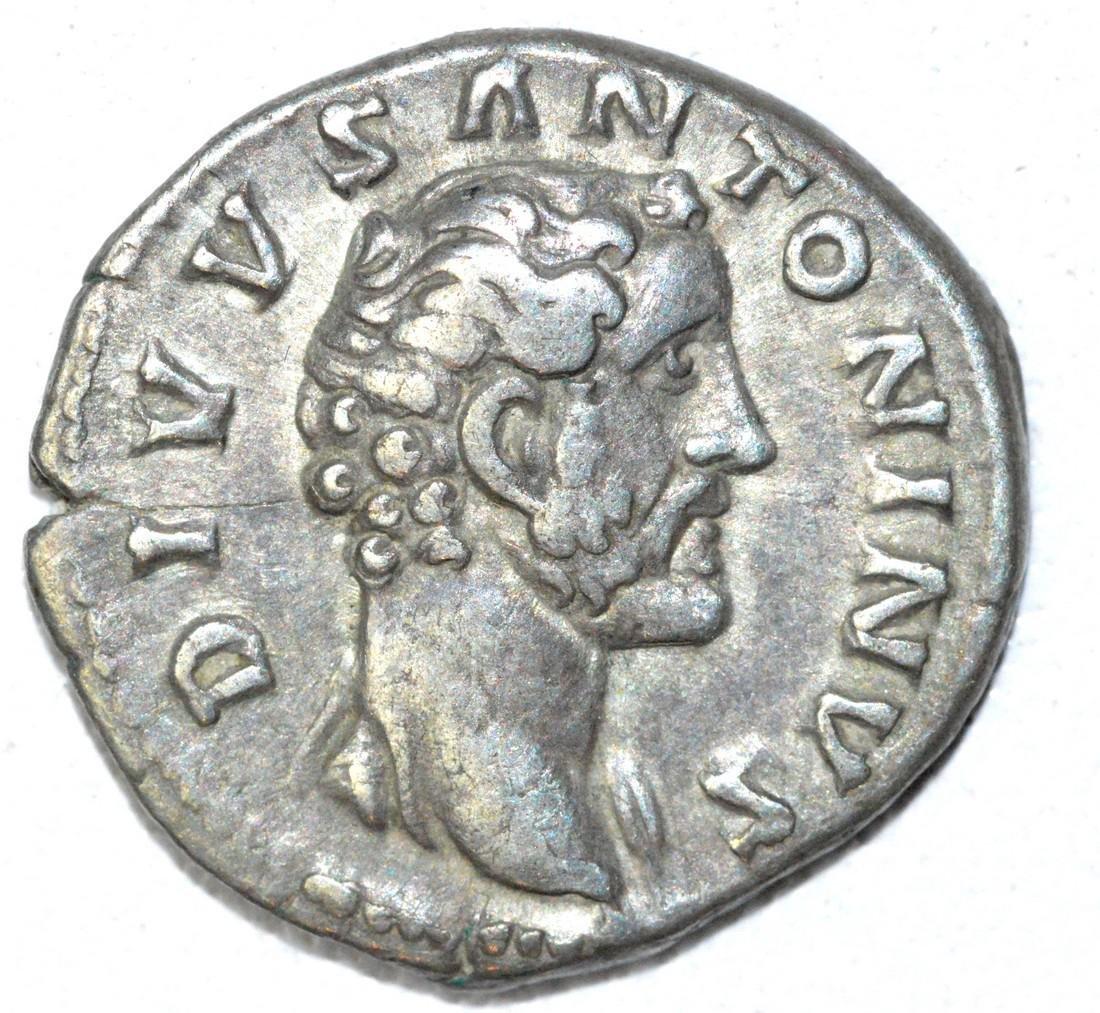 Denarius of Antoninus Pius, rv. Consecratio