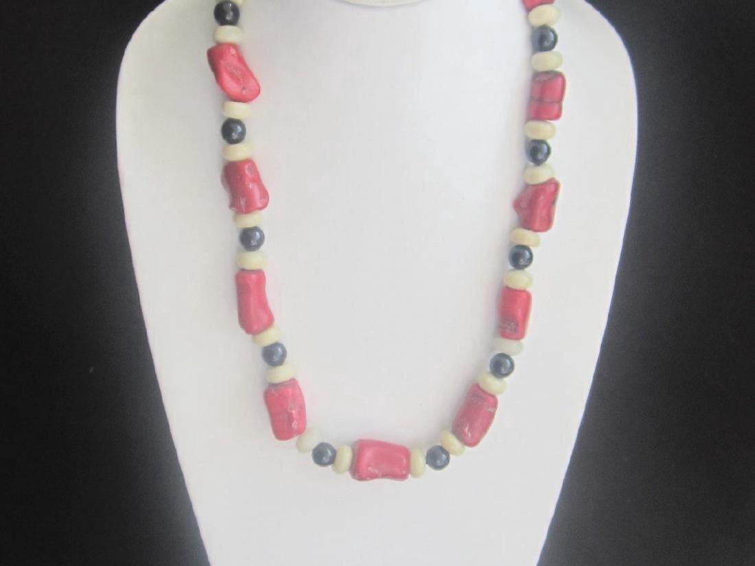 Vintage Coral Onyx Bead Necklace, c1970