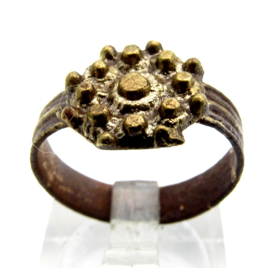 Tudor Period Weeding Ring with Crown