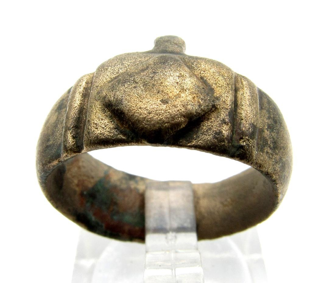Medieval French ring with Decorated Bezel