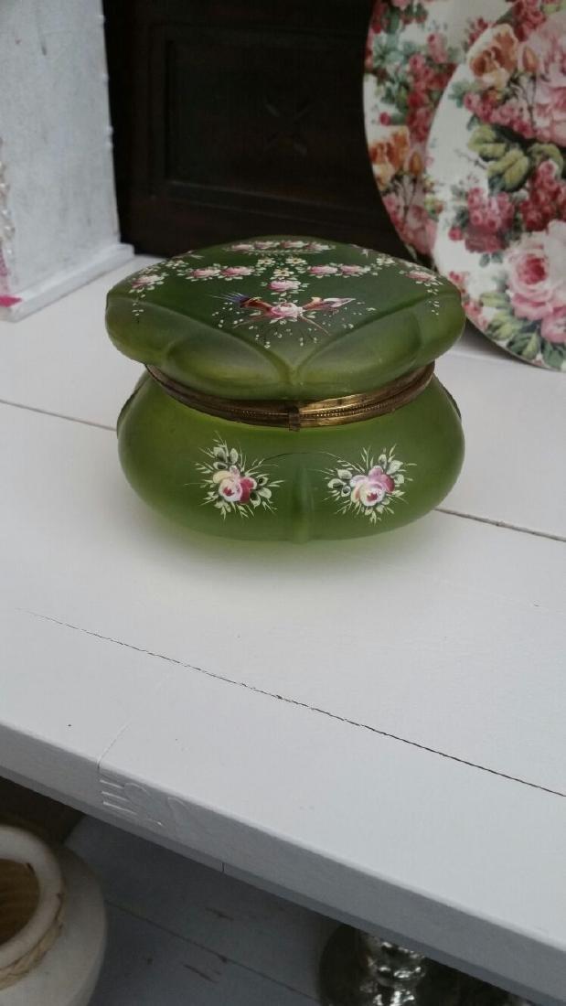 Antique Green Glass Victorian Trinket Box / Powder Box