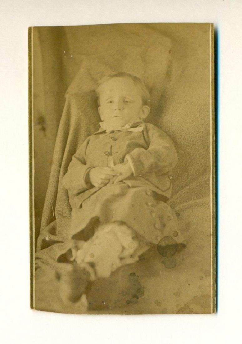 1870 Postmortem Little Boy Eyes Open in Dress Suit