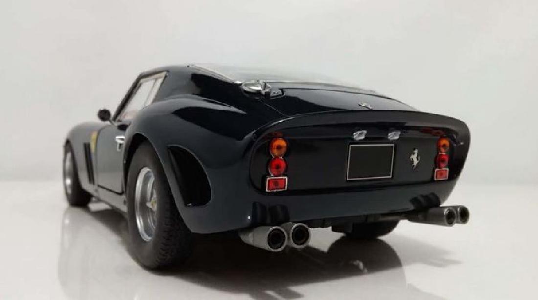 Hot Wheels Elite Scale 1:18 Ferrari 250 GTO Blue - 2